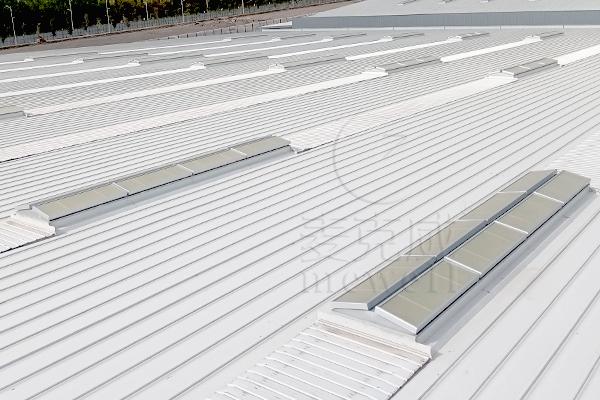 大型钢结构厂房如何选择电动采光排烟天窗