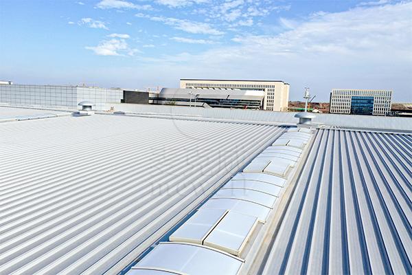 项目快讯r泡泡影视:麦克威大力建设成都天府国际机场国航货运站三角型采光排烟天窗