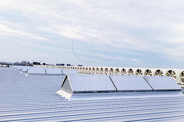厂房屋顶电动排烟天窗的全结构防水技术分析
